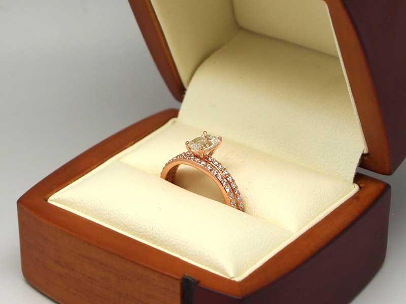 14kt rose gold diamond ring set