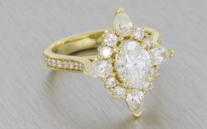 18ct yellow gold oval diamond ballerina ring